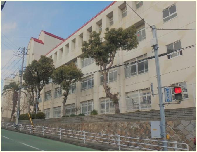 東須磨小学校,イジメ,加害者,先輩教員,名前,顔画像,処分,神戸市須磨区